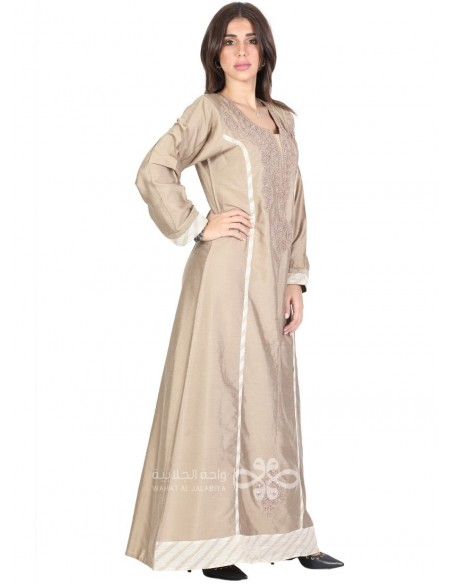 """""""Parfum de ma Vie"""" Amazing brown and beige jilbab with embroidery and patchwork (N-16333-04)"""